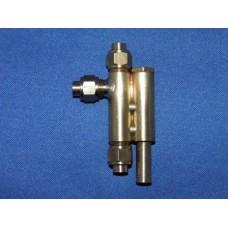 No 5 vertical injector. 3.3 pint per minute.